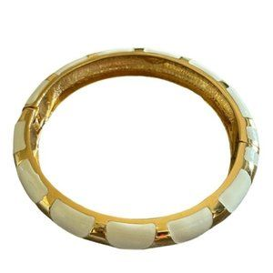 Vtg  Signed Segmental Hinged Bangle gold Bracelet